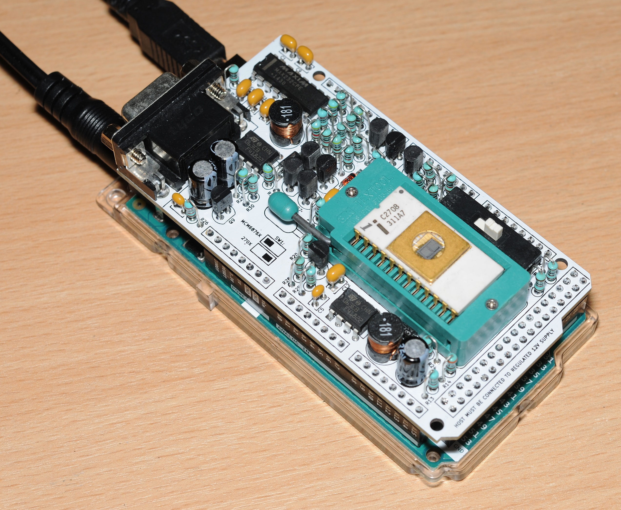An easy to build programmer for 2704 / 2708 / MCM68764